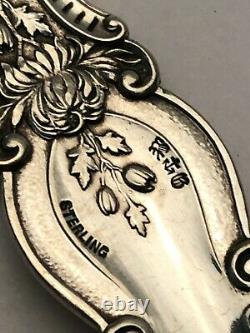 Imperial Chrysanthemum sterling by Gorham all silver Shovel Shaped Server 8.75