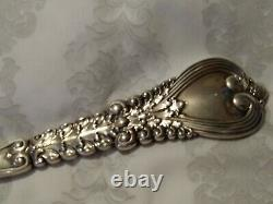 TIFFANY & CO FLORENTINE Serrated all Sterling Silver PIE / PASTRY Server 10 3/4